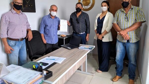 Doação para o município de terreno da antiga rodoviária é formalizada durante visita de técnicos da ATR